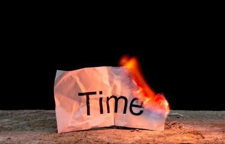 הזמן נשרף, אז מה בוער? //חיים ולדר
