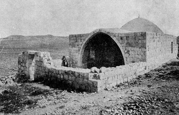 האם מותר להיכנס לקבר יוסף?