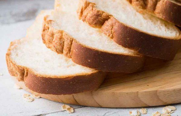 האוכל לחם פחות מכזית ושבע האם חייב מדאורייתא בברכת המזון?