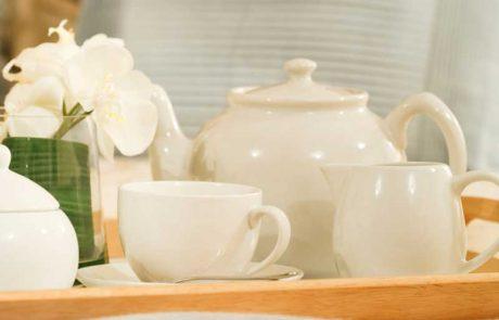 למה כדאי לבקש מחבר שימזוג לך כוס תה תמורת שקל אחד ולשלם לו מיד?