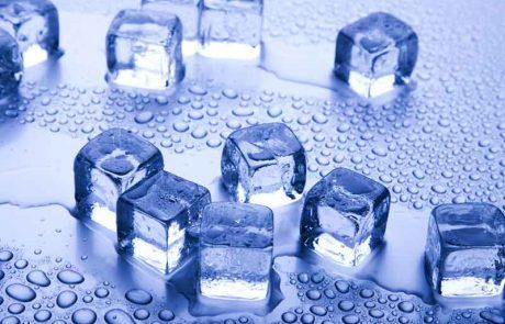 קוביות קרח: כל מה שצריך לדעת ולהזהר בשימוש בקרח בשבת
