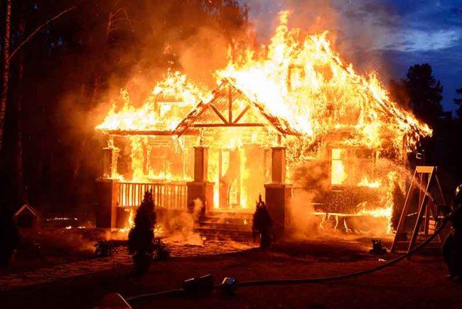 מה מותר להוציא מהבית בשעת שריפה בשבת?