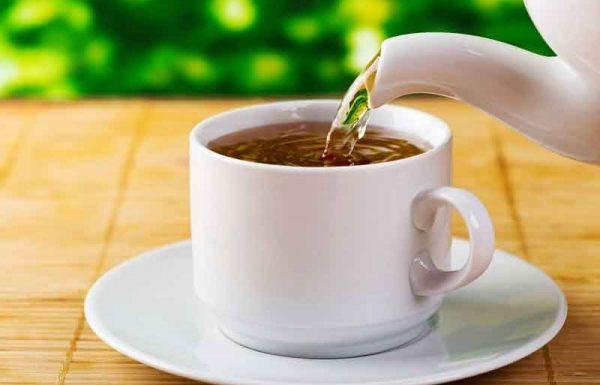 """תשובתו של העשיר היתה שאין באפשרותו לתת סכום כזה. """"אתן עשרת אלפים דולר"""" – אמר. """"טוב"""", אמר רבי נתן איינפלד, """"רק מבקש אני, אם אפשר, לשתות כוס תה…"""""""