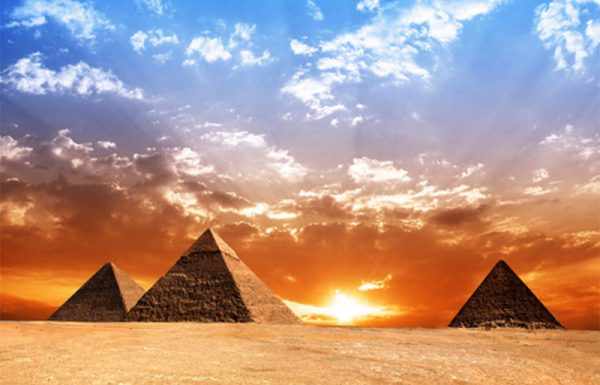 """בני ישראל במצרים היו משפחות ברוכות ילדים והקב""""ה עשה שיתעשרו כדי שיוכלו לפרנס בכבוד את משפחתם"""