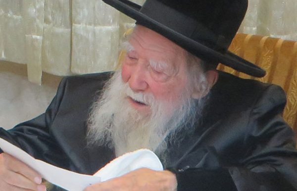"""""""מכל השכונה הזאת אני זוכר רק רע ושחור, אבל תדע לך, יהודי אחד בלבד אני זוכר משם לטובה. כל השנים חקוקה במחשבתי הדמות והטוהר של היהודי, קוראים לו 'רב יוחנן'…"""""""