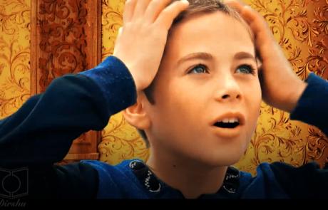 """'מעוז צור' – חדש! קליפ מדהים לחנוכה תשע""""ח – New! Maoz Tzur, a moving, fascinating video"""