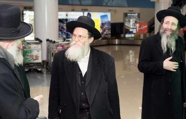 משלחת דרשו בראשות גדולי ישראל יצאה לתפילה בציון ה'חפץ חיים'